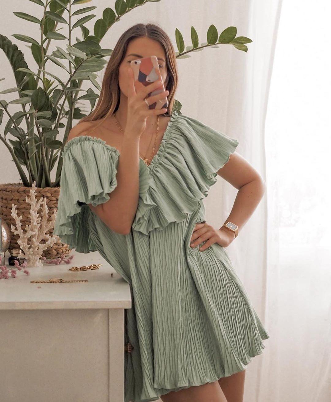 robe plissée ample de Zara sur zara.outfits