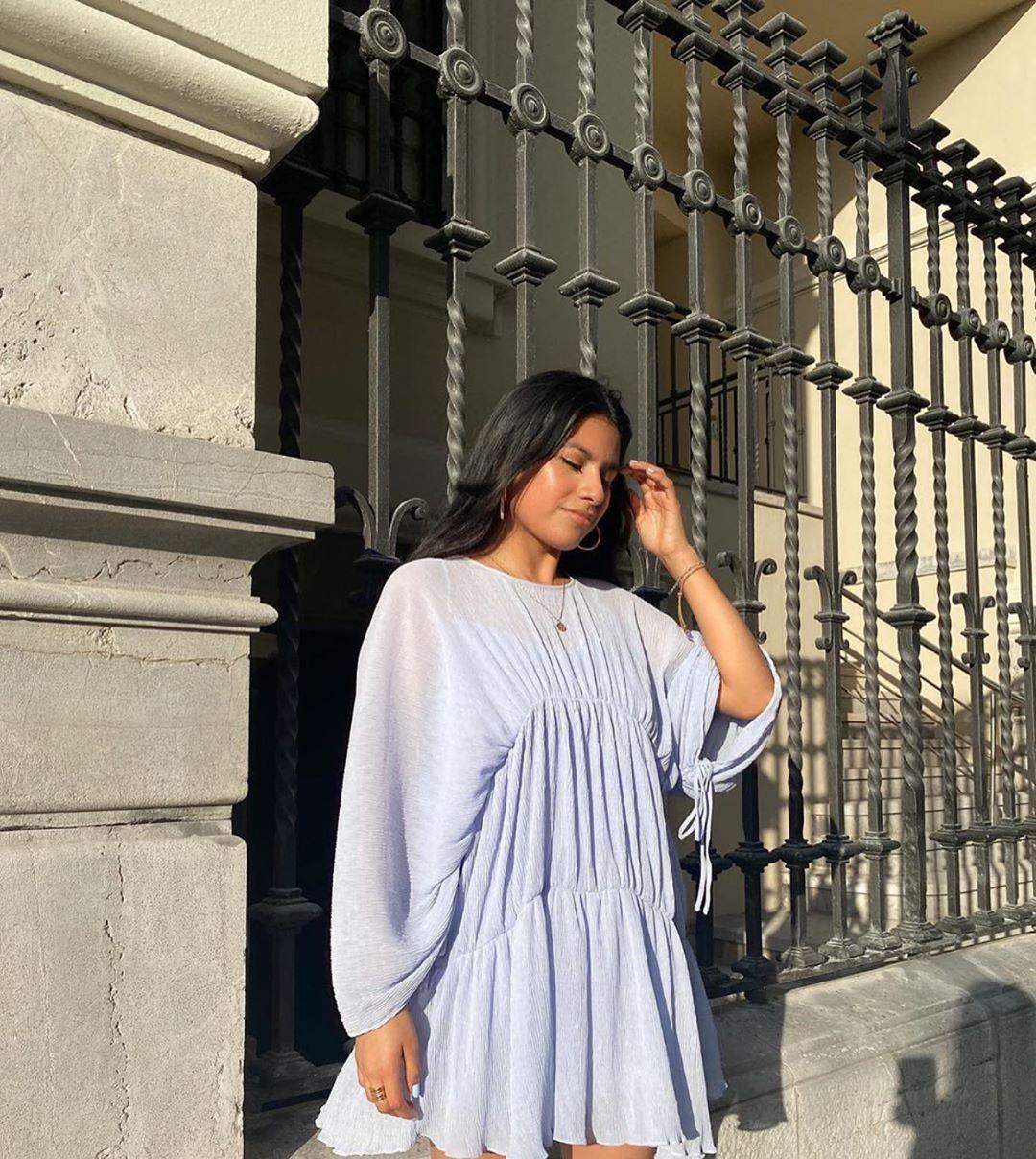 robe drapée et plissée de Zara sur zara.outfits
