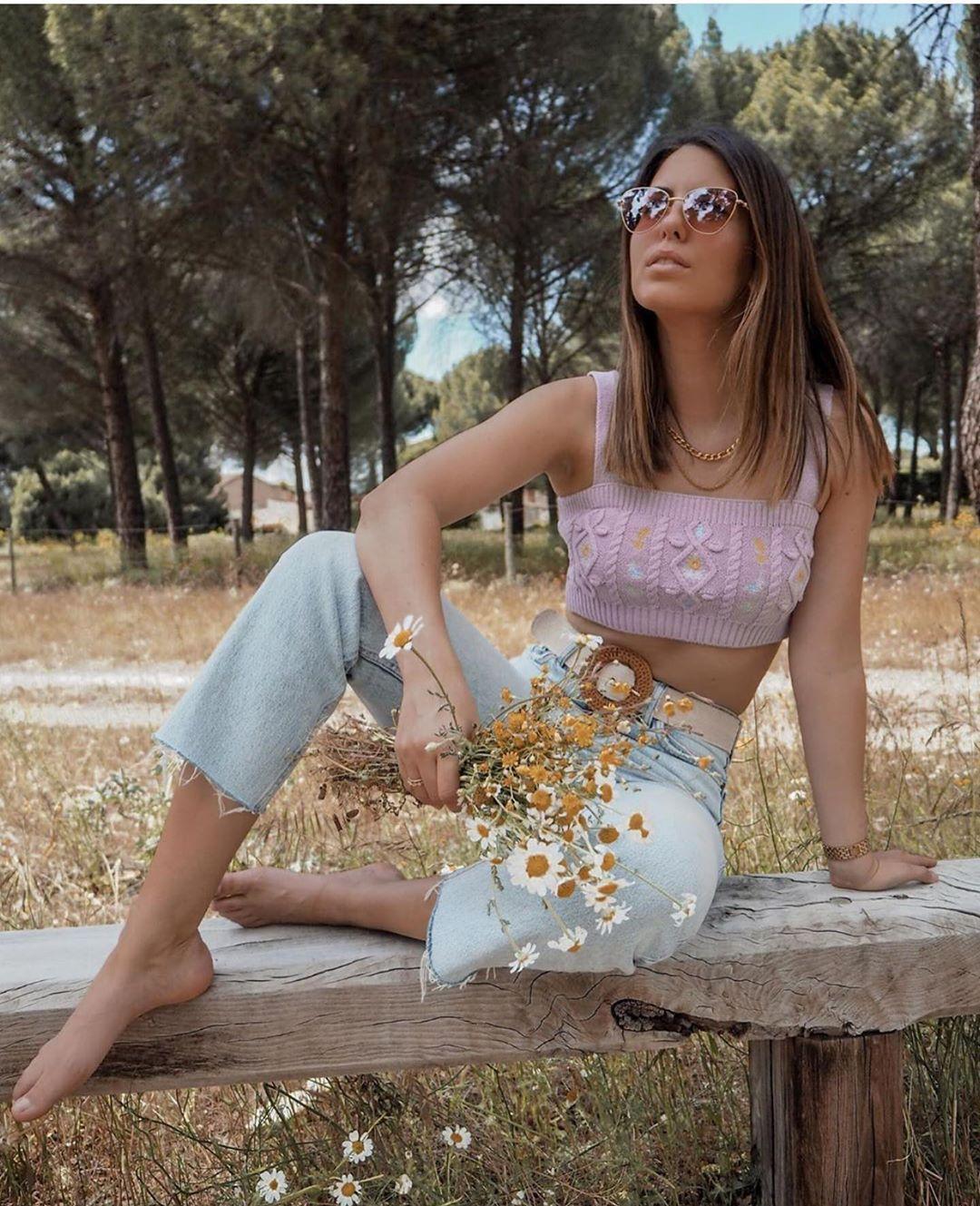 top court à fleurs brodées de Zara sur zara.outfits