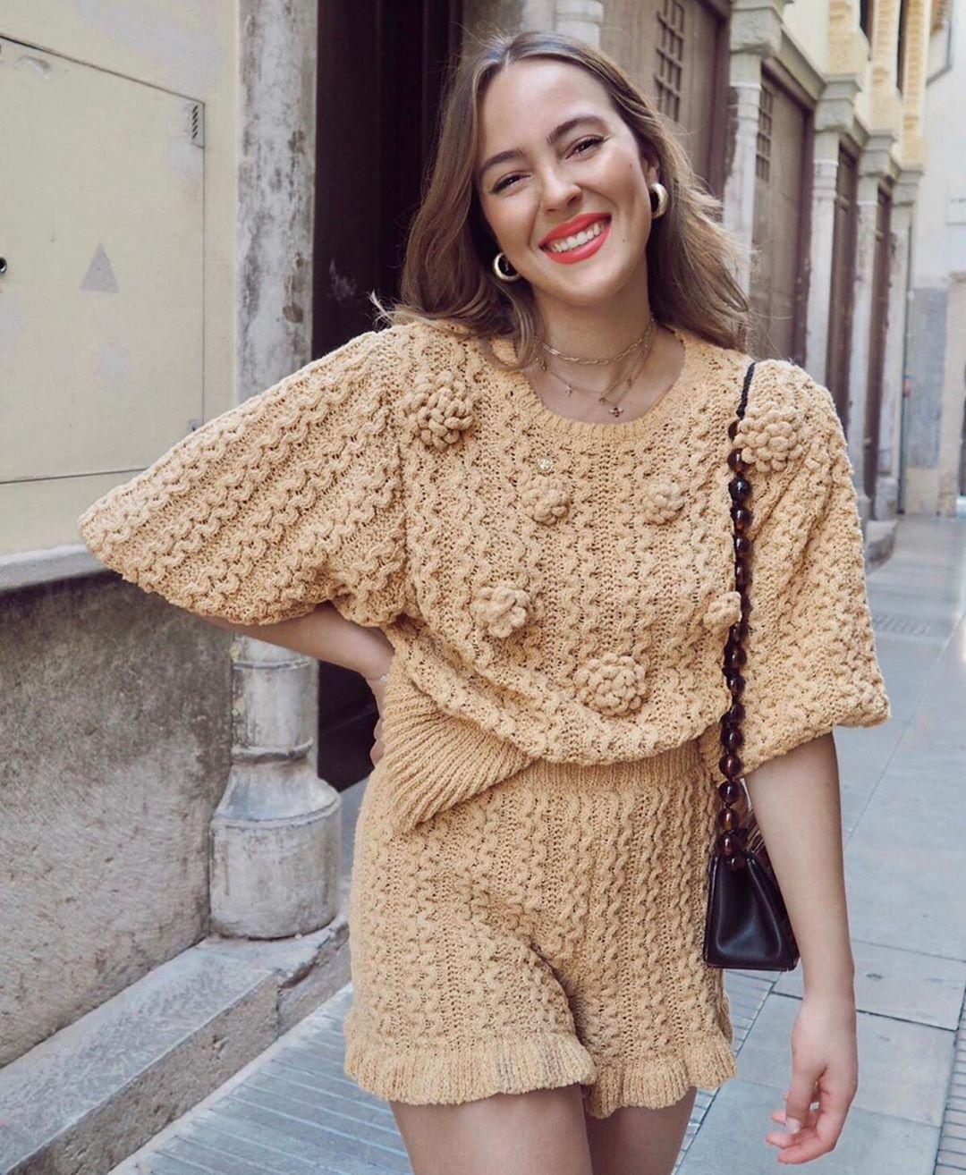 pull structuré à relief de Zara sur zara.outfits