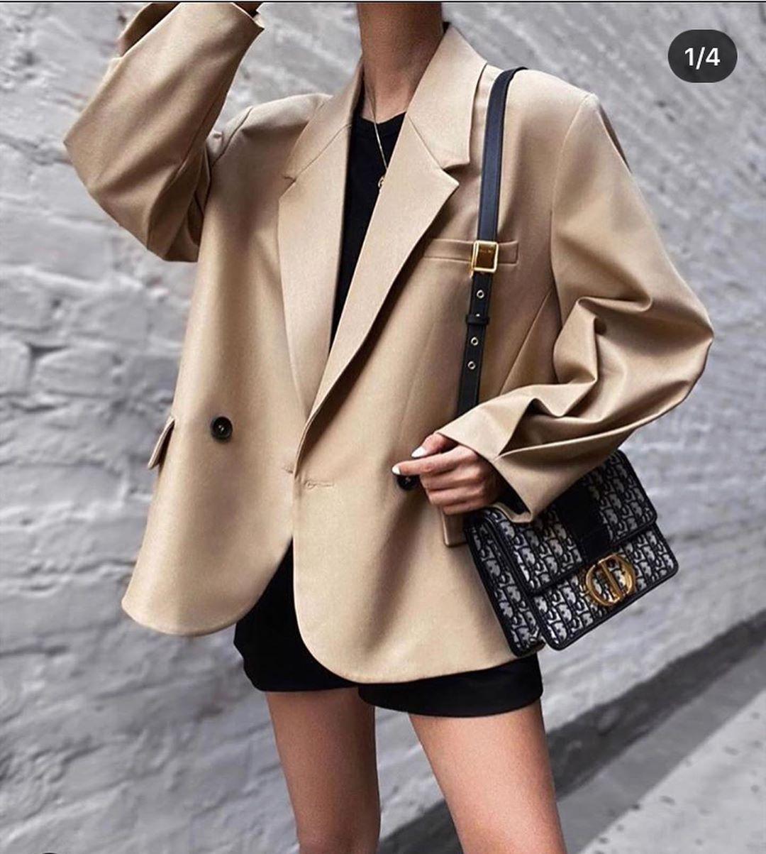 pleated sleeve blazer de Zara sur look_by_zara_hm
