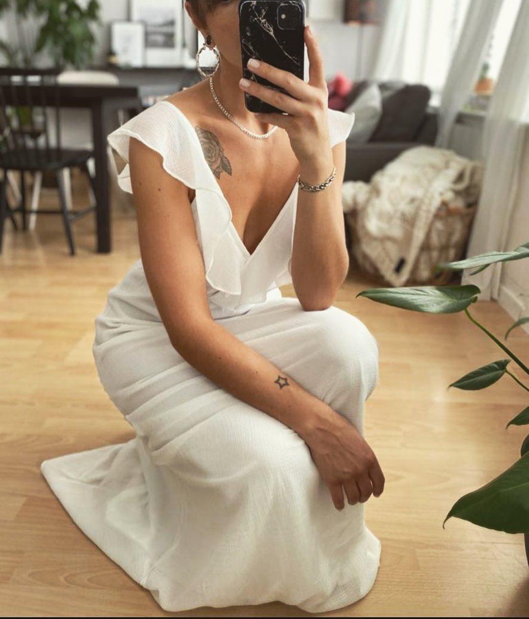 robe cocktail blanche de Les Bourgeoises sur lesbourgeoisesofficiel