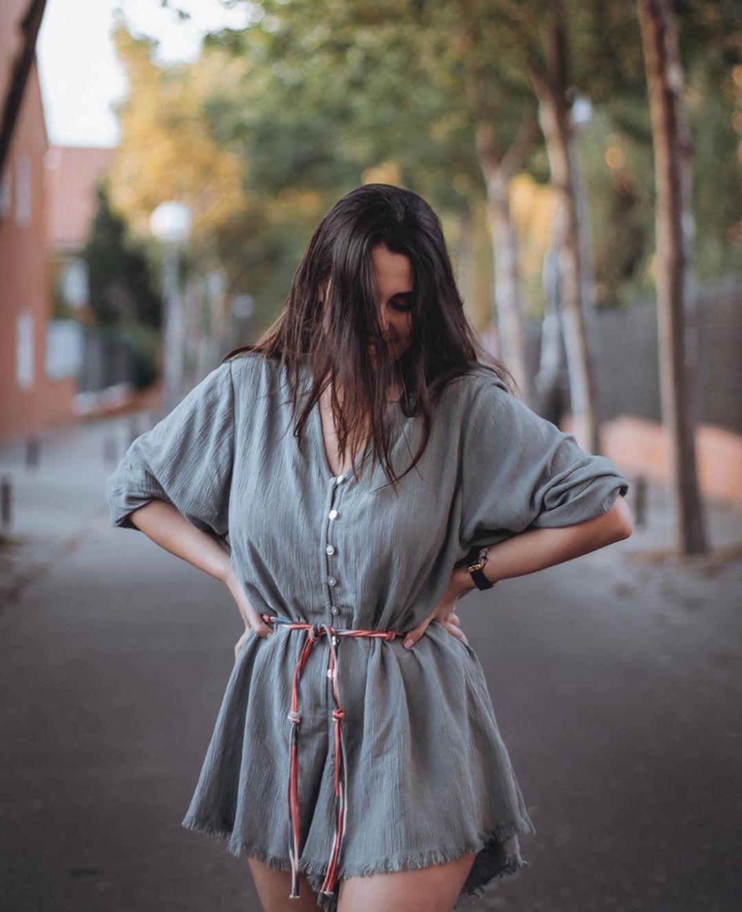combinaison brute avec ceinture de Zara sur zara.outfits