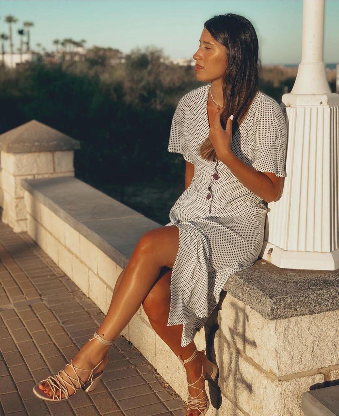 robe à boutons de Zara sur zara.outfits