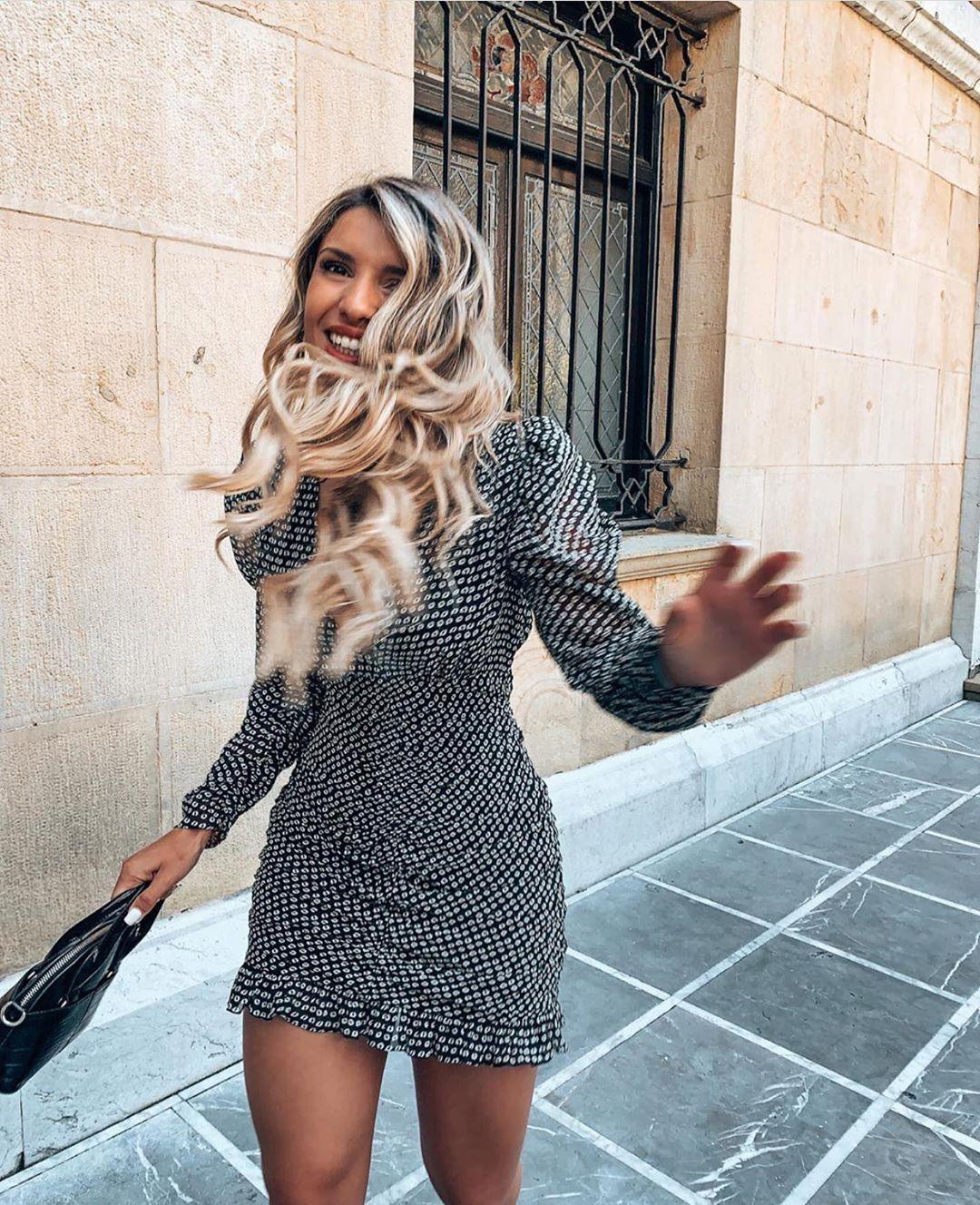 robe courte drapée de Zara sur zara.outfits