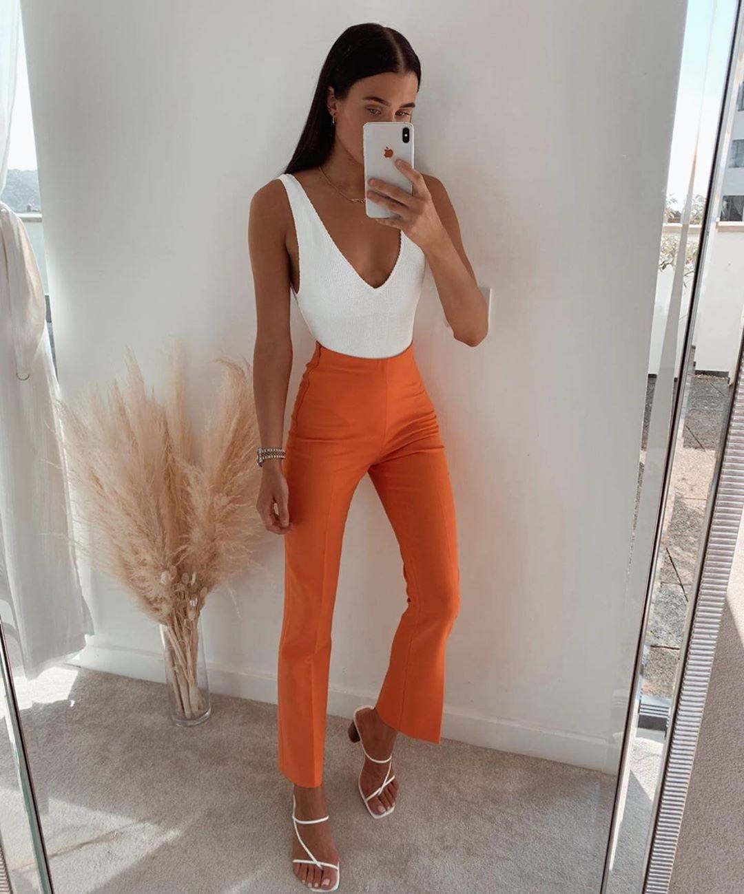 pantalon taille normale de Zara sur zara.outfits