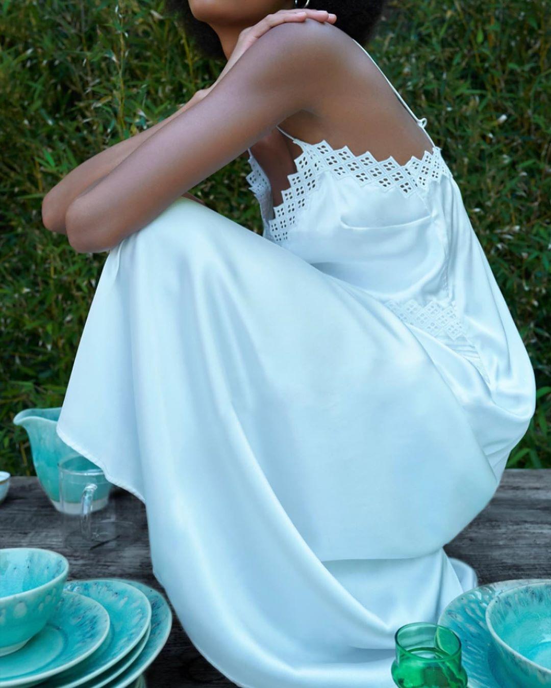satin dress style lingerie de Zara sur look_by_zara_hm