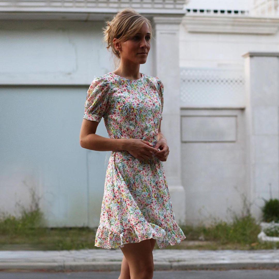 satin printed dress de Zara sur zaraaddiction
