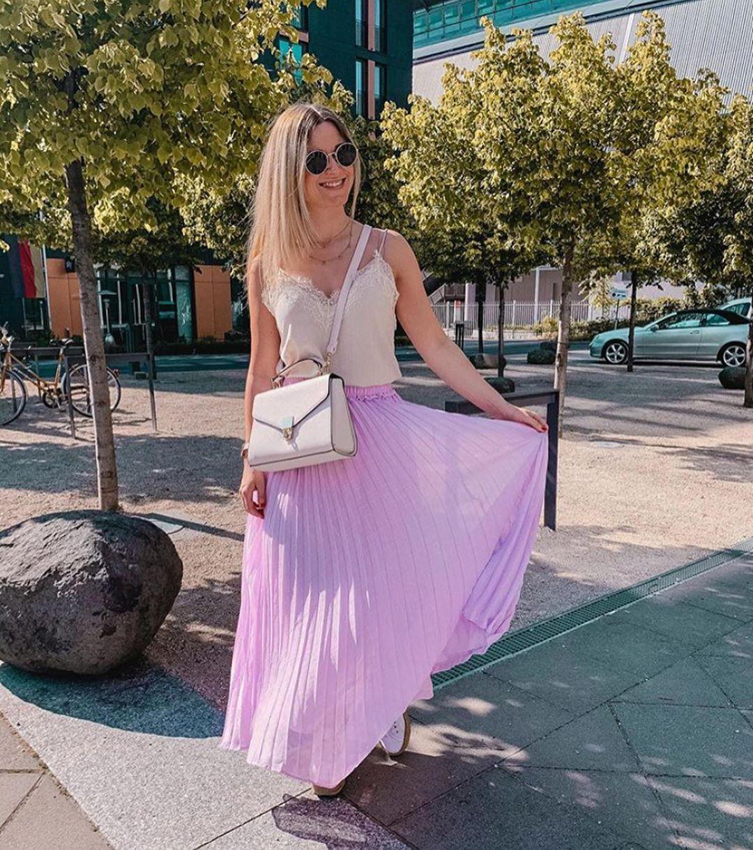 pleated skirt de Zara sur look_by_zara_hm