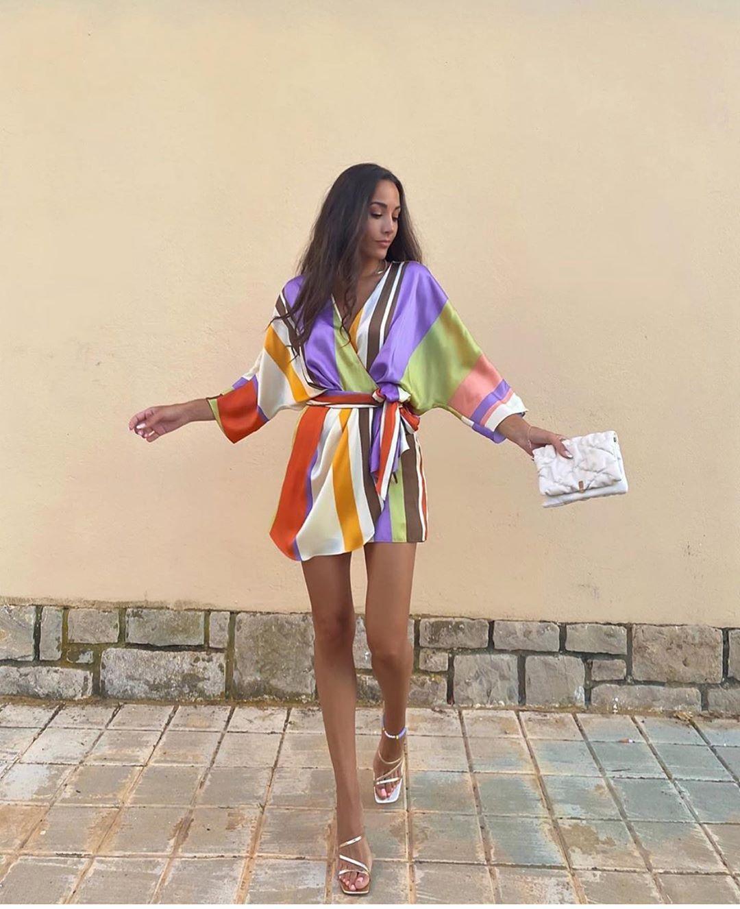 robe combinaison à rayures de Zara sur zara.outfits