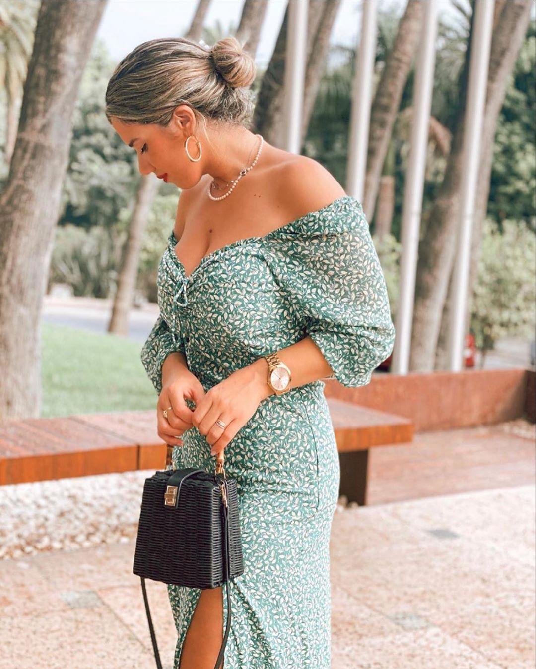 robe mi-longue imprimée de Zara sur zara.outfits