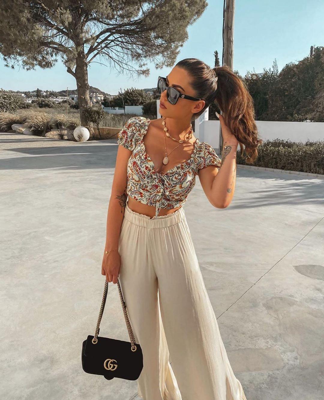 wide leg pants de Zara sur zarastreetstyle