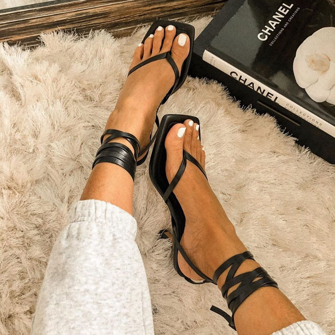 square toe leather heel sandals de Zara sur zara_daily