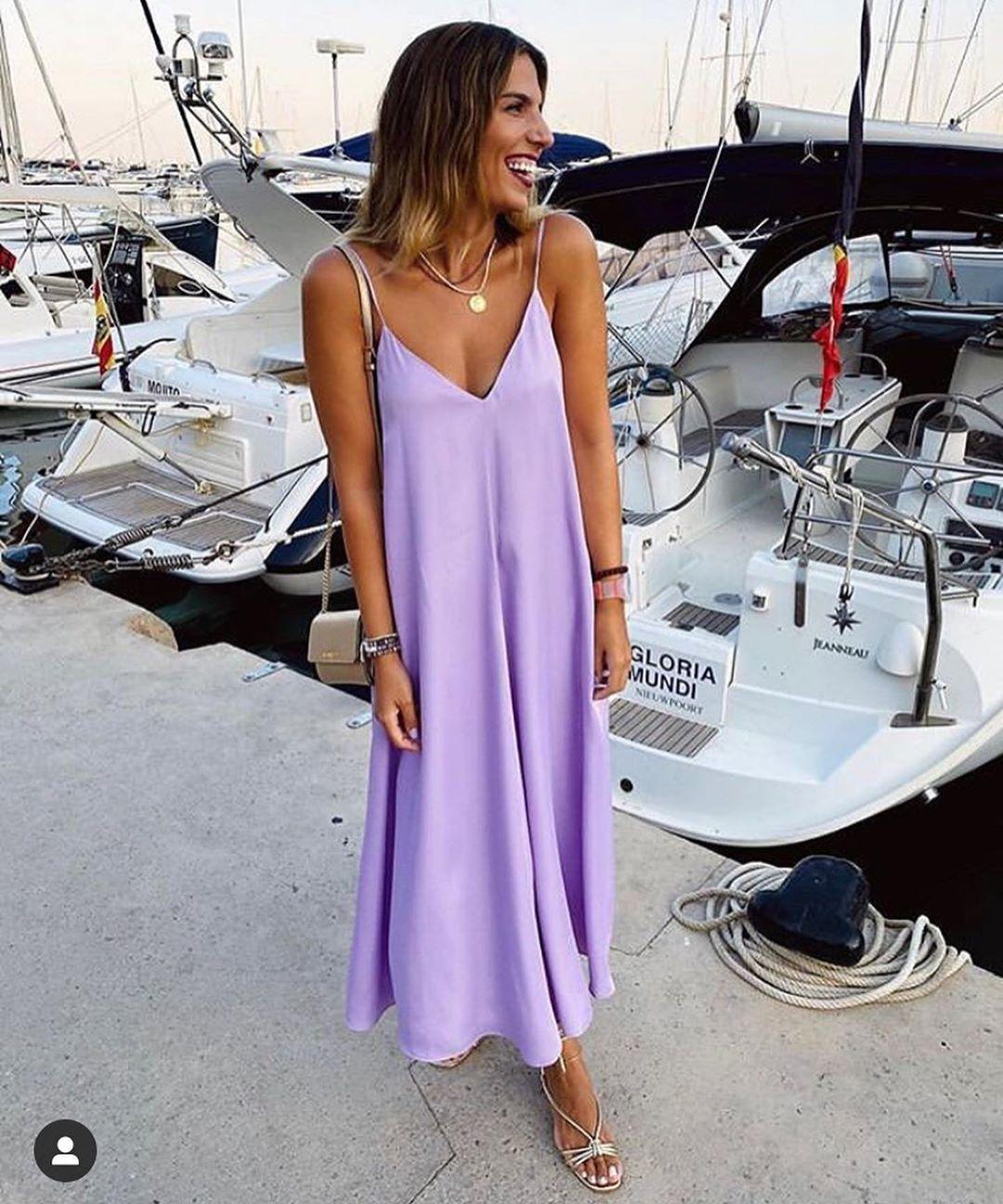 satiny dress with volume de Zara sur look_by_zara_hm