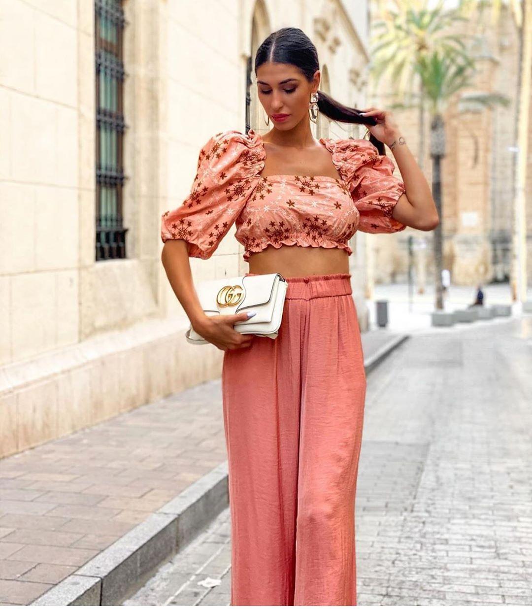 top bouffant et brodé de Zara sur zara.outfits