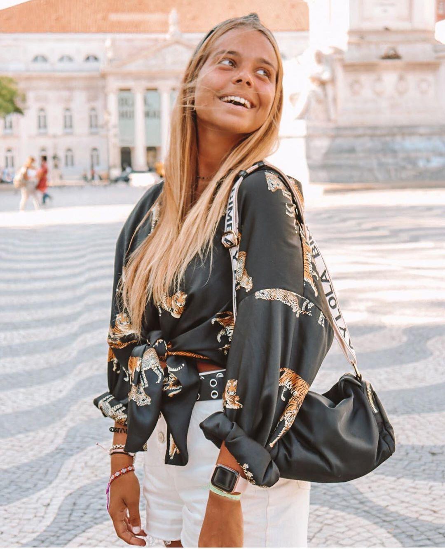 blouse satinée imprimée de Zara sur zara.outfits
