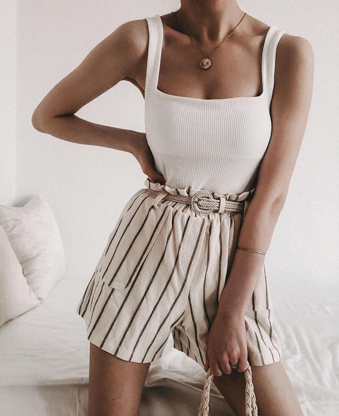 body élastique côtelé de Zara sur zara.outfits