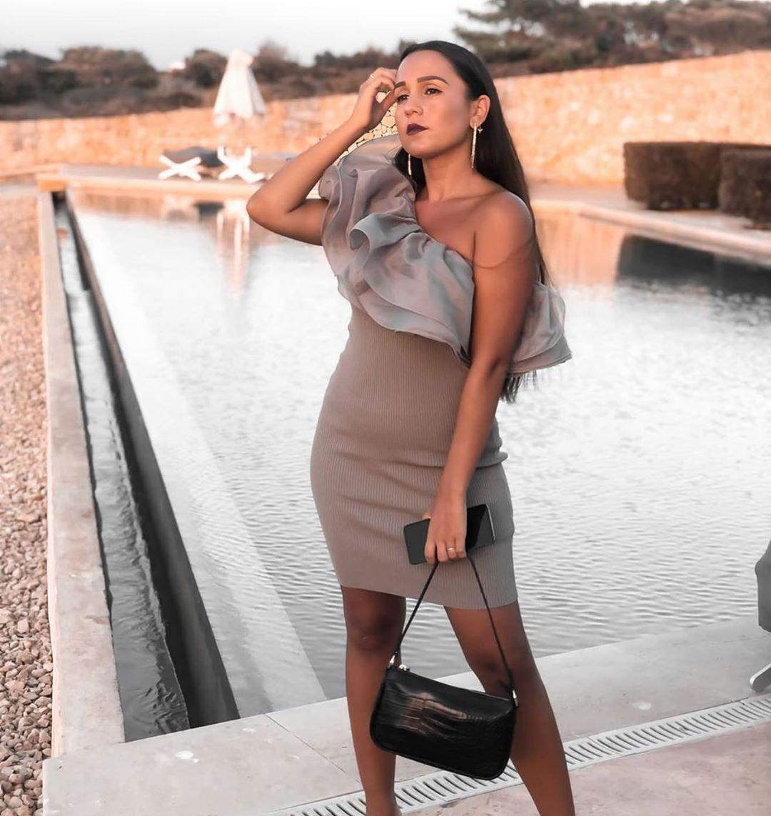 robe en maille à volants en organza de Zara sur zara.outfits