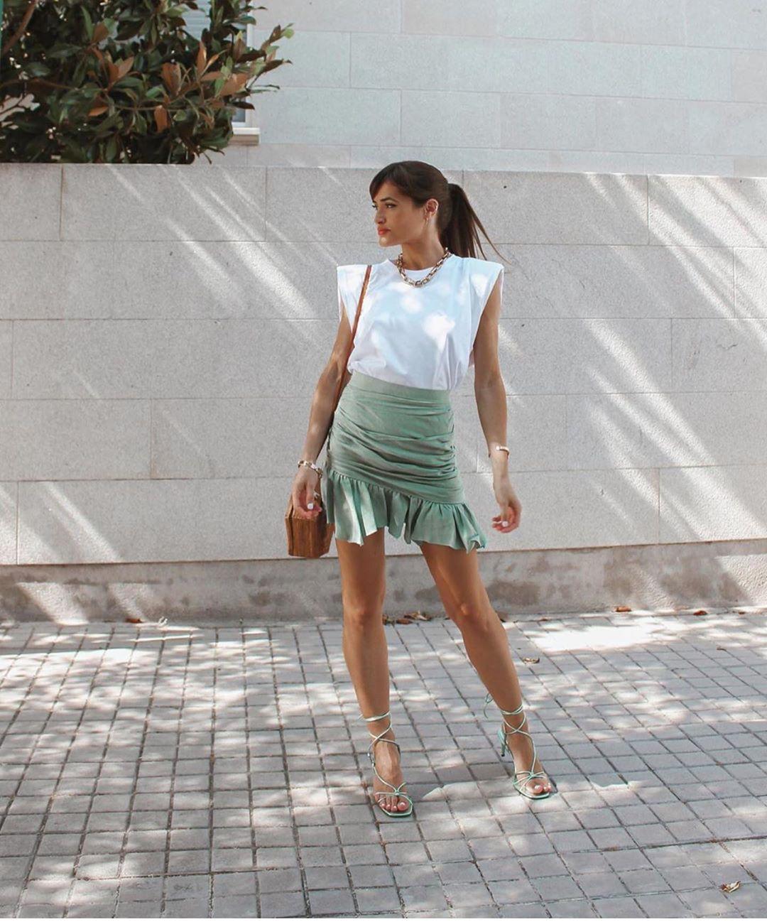 mini jupe drapée de Zara sur zara.outfits