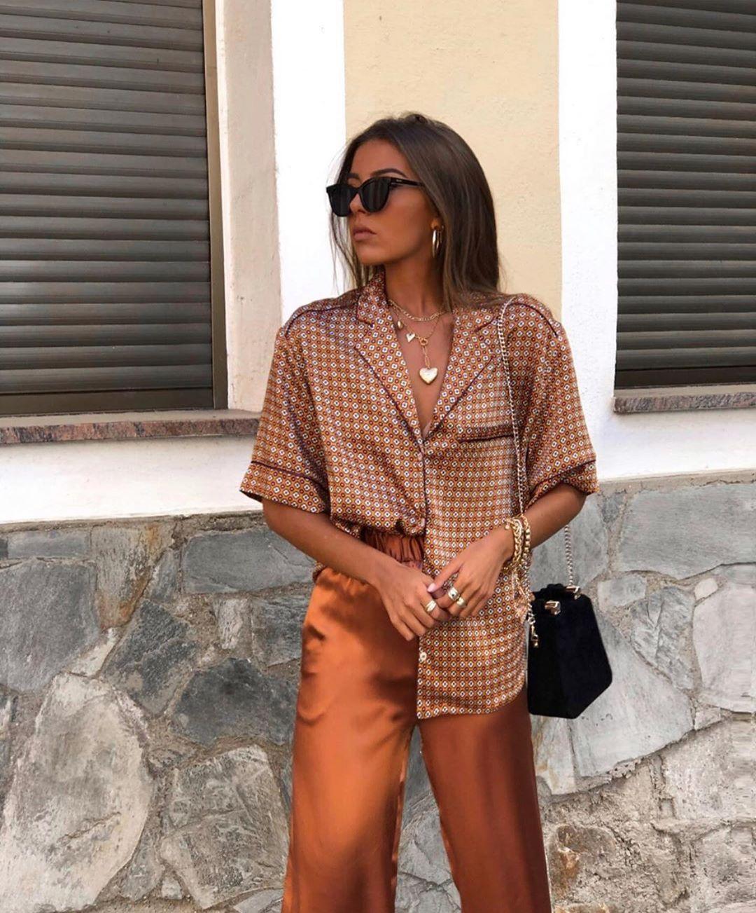 blouse à imprimé géométrique de Zara sur zara.outfits