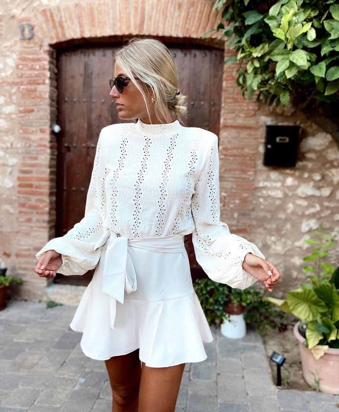 jupe-short avec ceinture de Zara sur zara.outfits