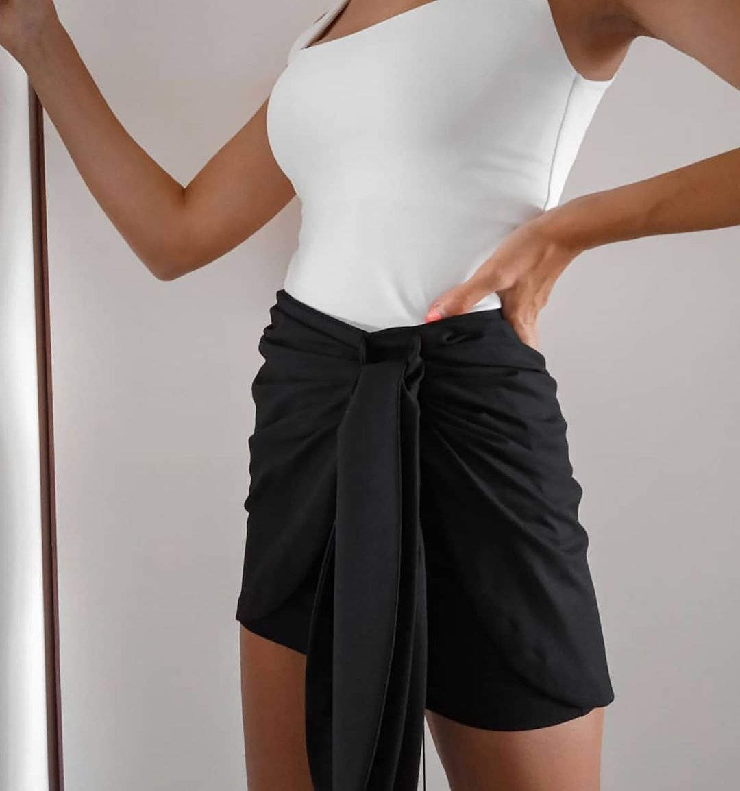 mini skirt with bow de Zara sur zaraaddiction