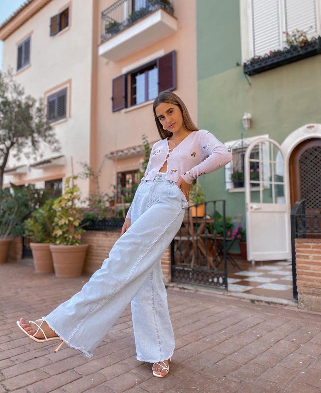 gilet en maille à fleurs brodées de Zara sur zara.outfits