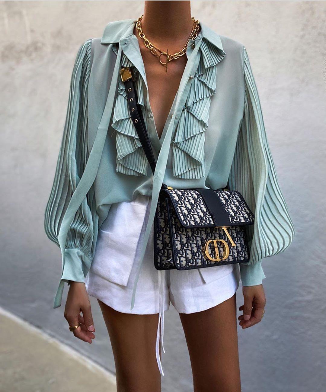 blouse fluide à volants de Zara sur zara.outfits