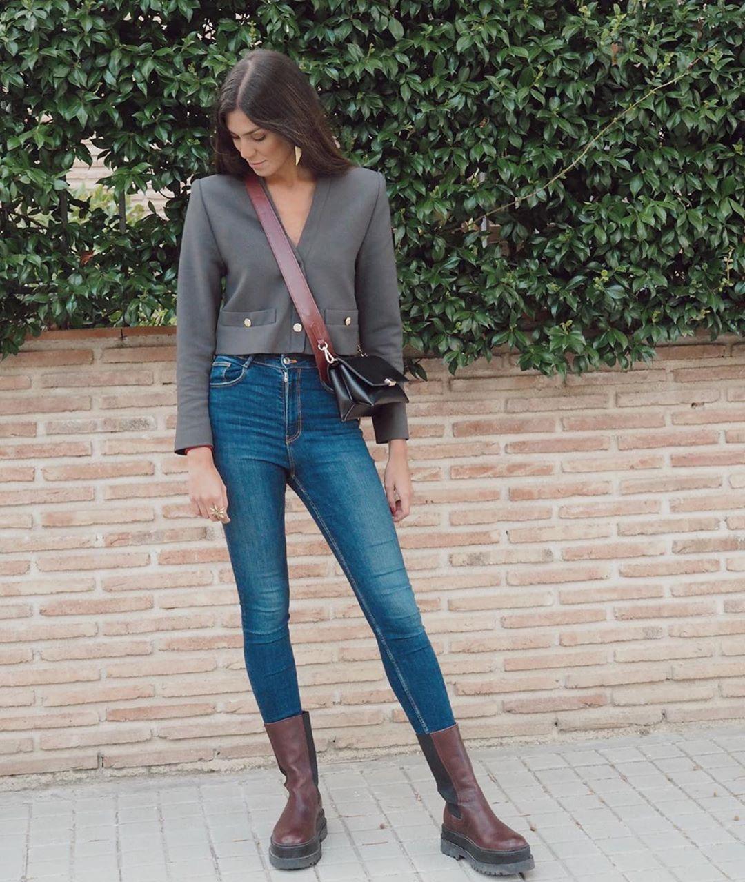 top à épaulettes de Zara sur zara.outfits