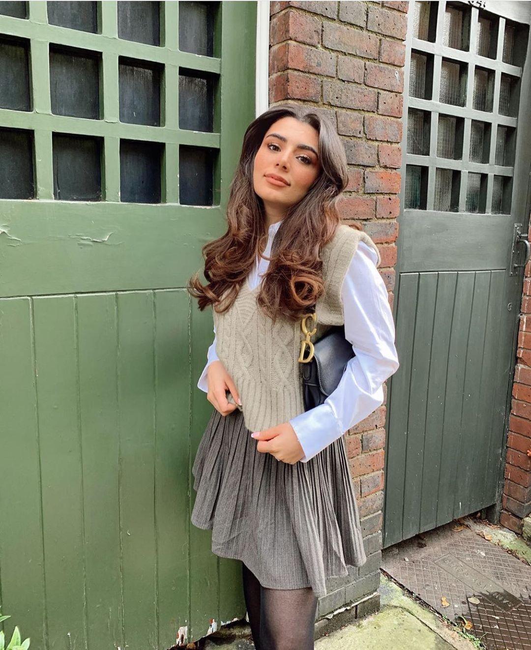 twisted knit sleeveless vest de Zara sur zarastreetstyle