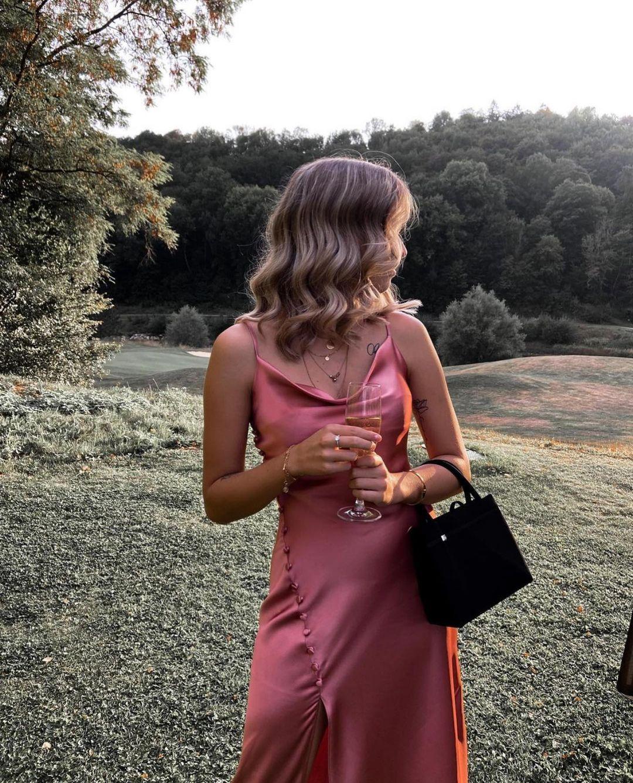 robe style lingerie satinée de Zara sur zara.outfits