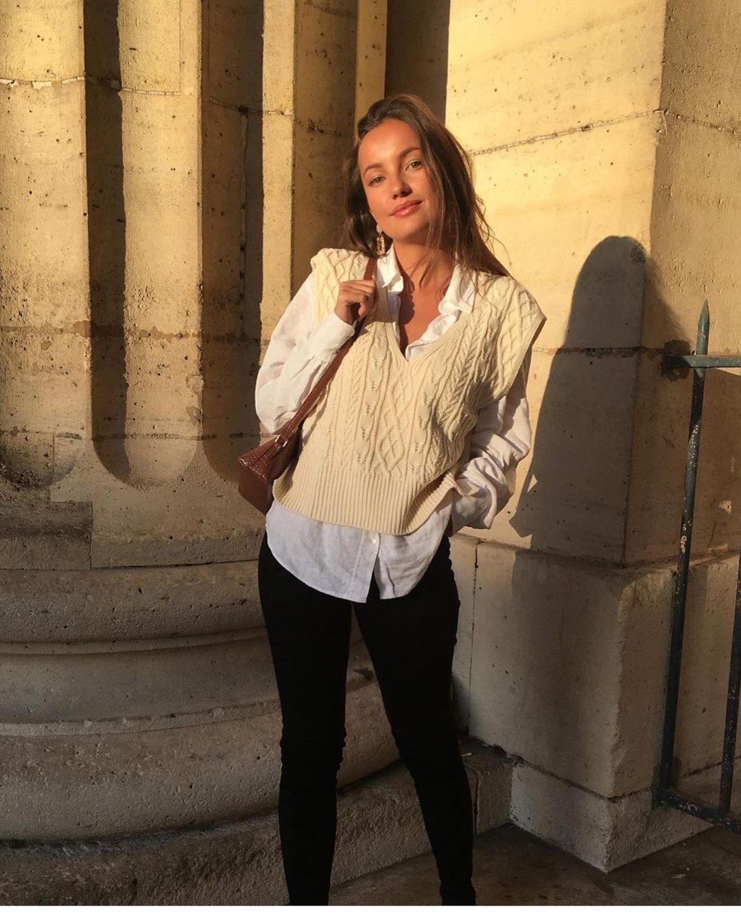 chemise basique en popeline de Zara sur zara.outfits