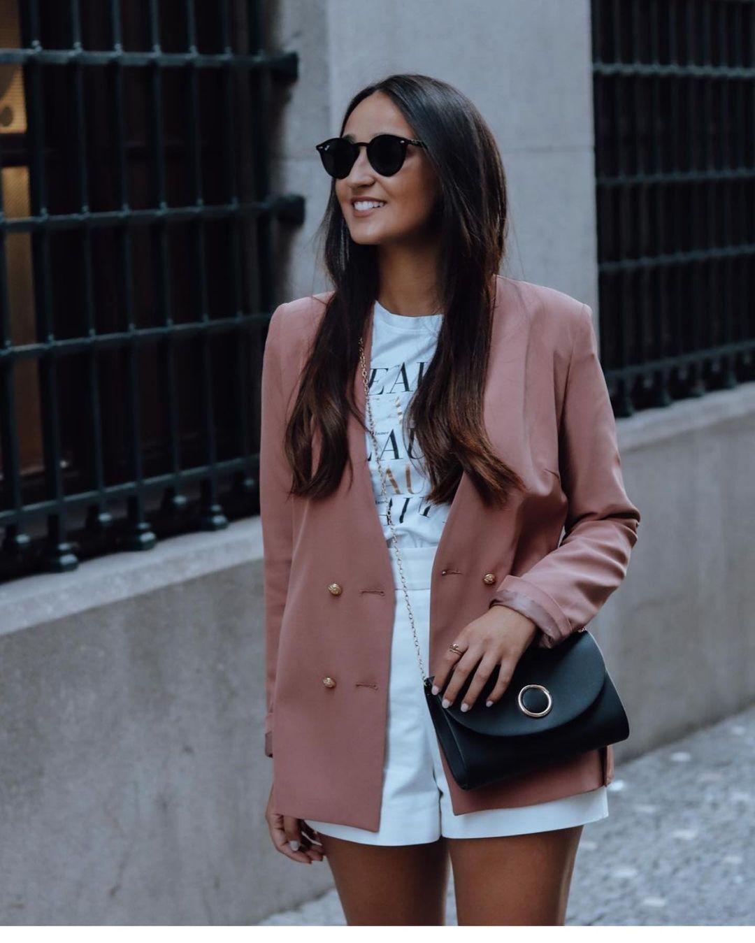 veste ajustée à col mao de Zara sur zara.outfits