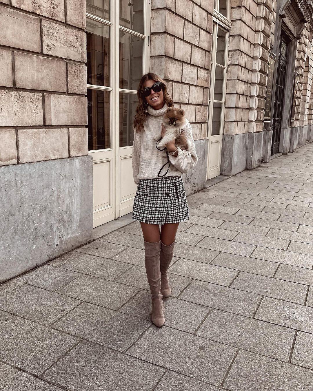 skirt with buttons de Stradivarius sur nooomsworld