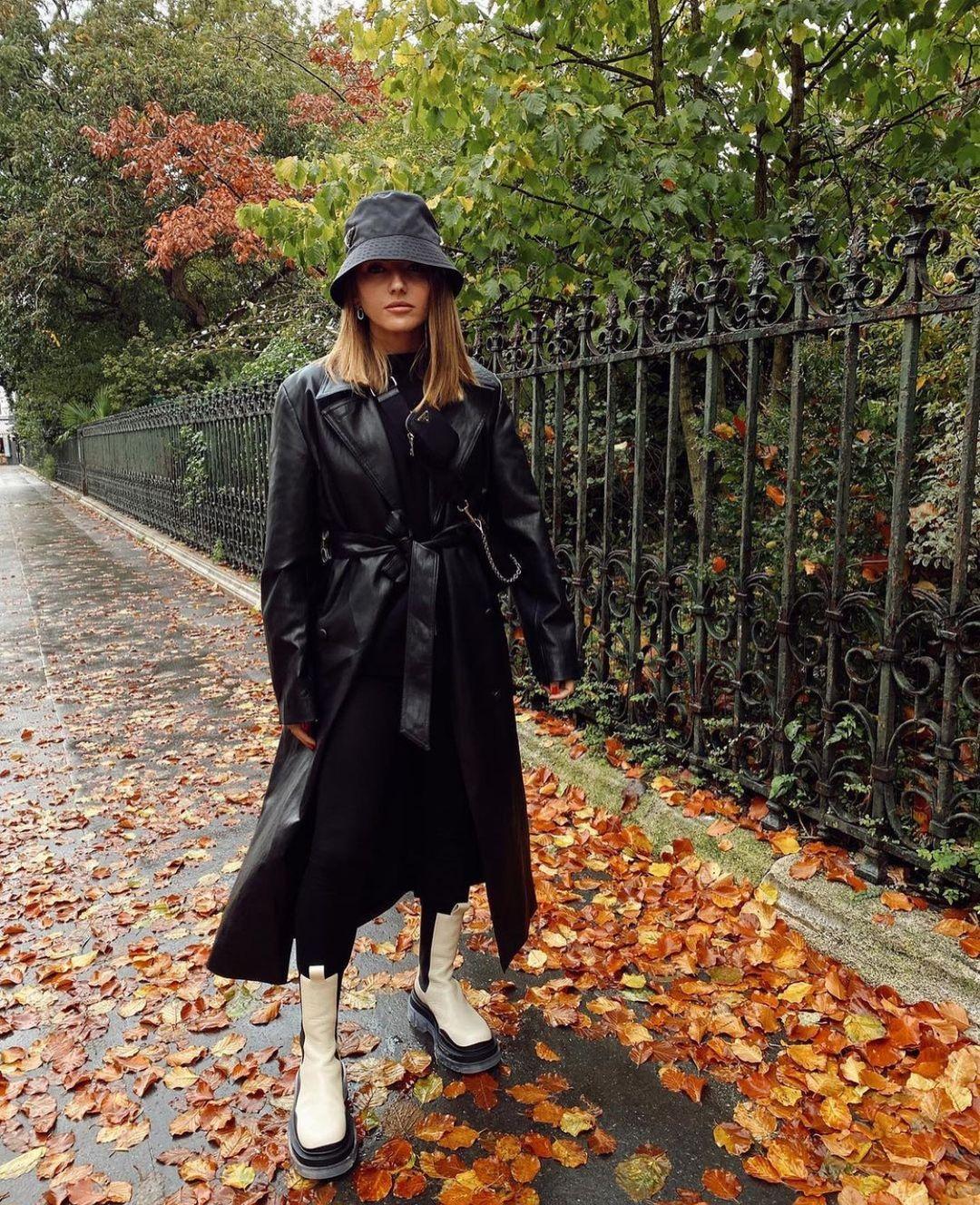 synthetic leather hooded coat de Zara sur zarastreetstyle