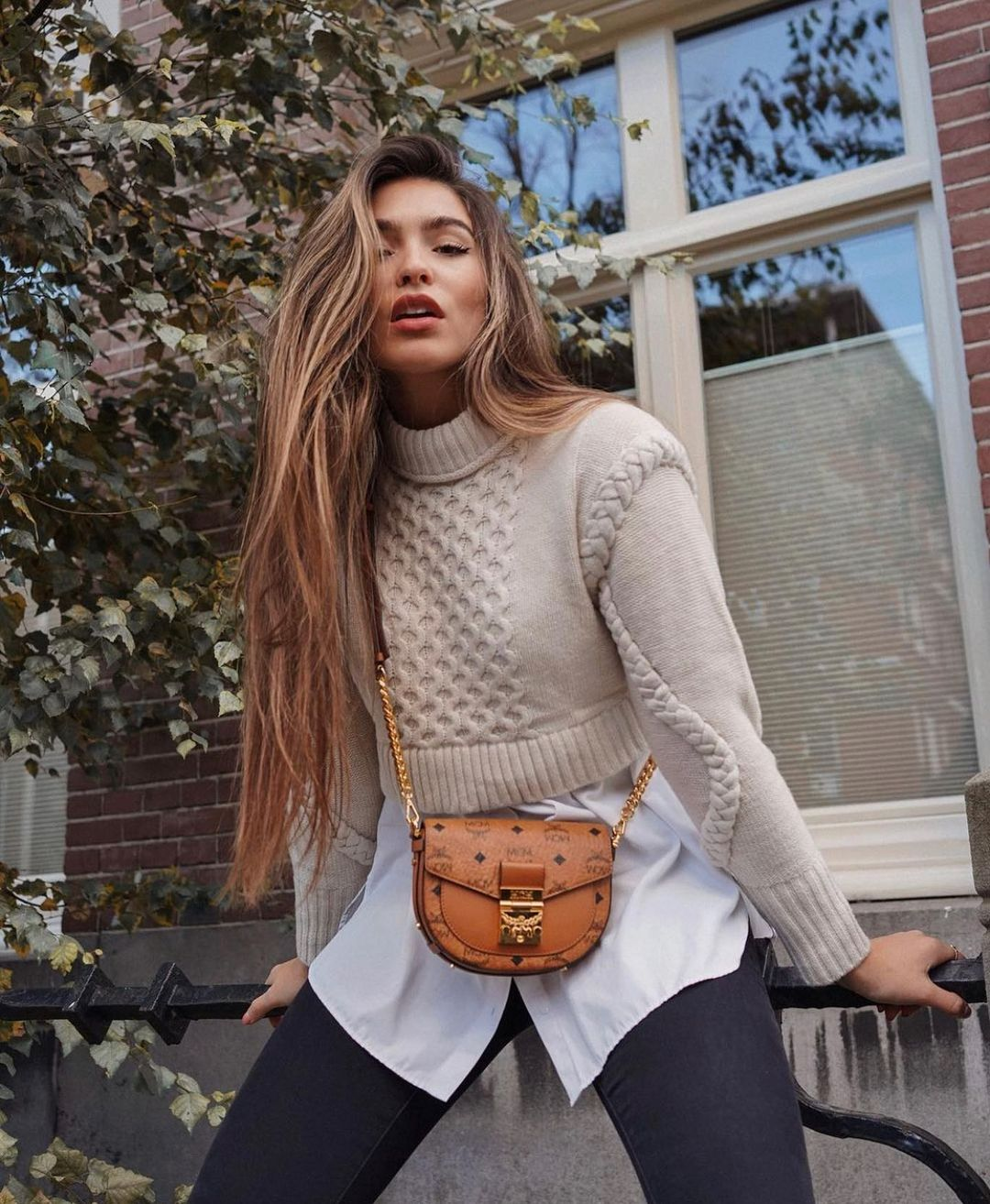 short jacquard sweater de Zara sur zarastreetstyle