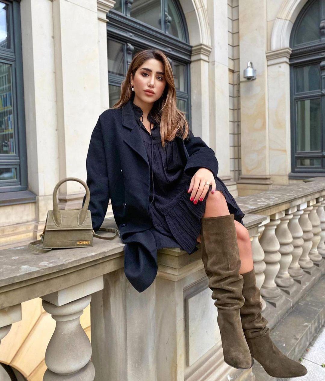 bottes hautes à talons en croûte de cuir de Zara sur zara.outfits