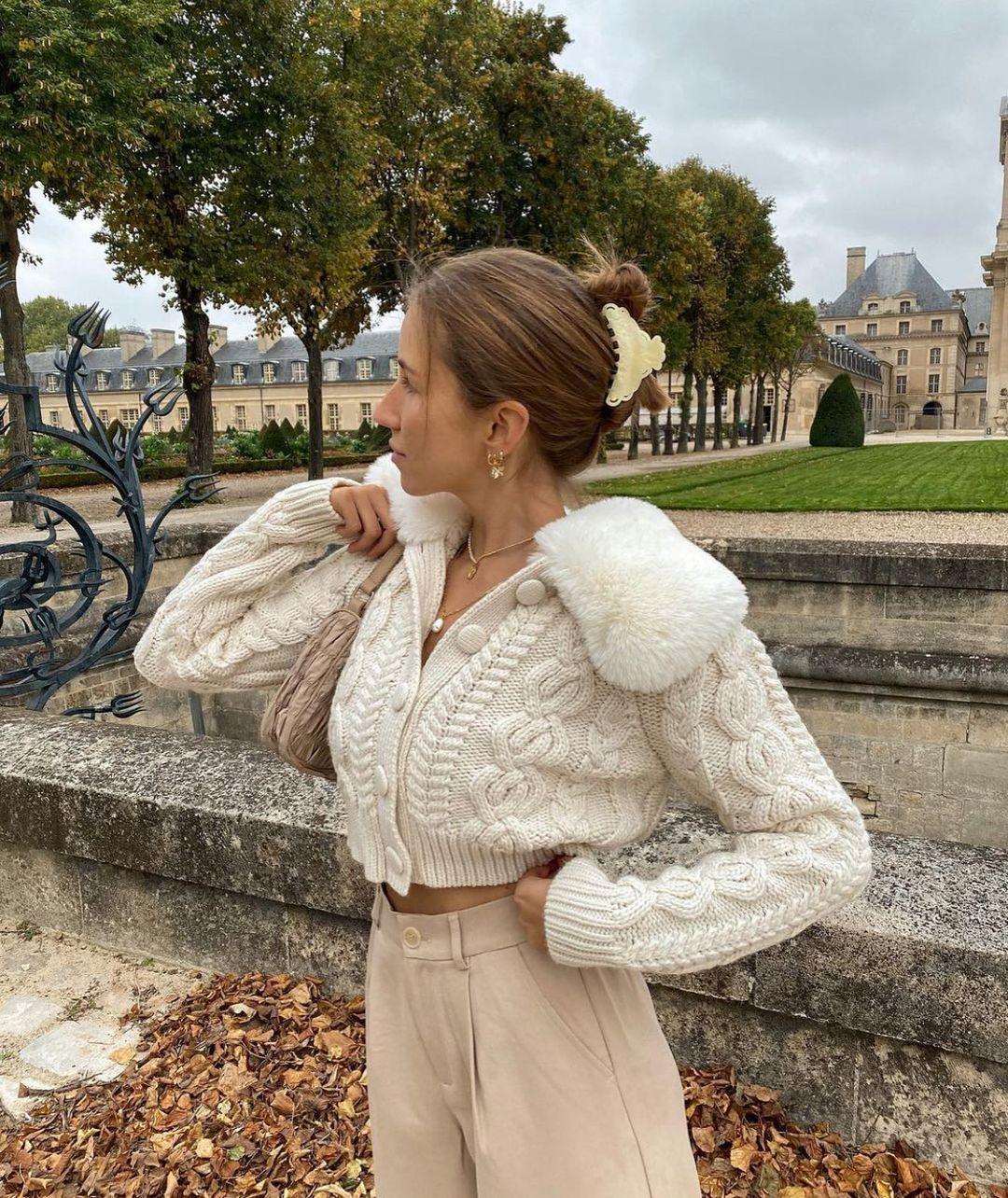 faux fur bi-material knit jacket de Zara sur zarastreetstyle