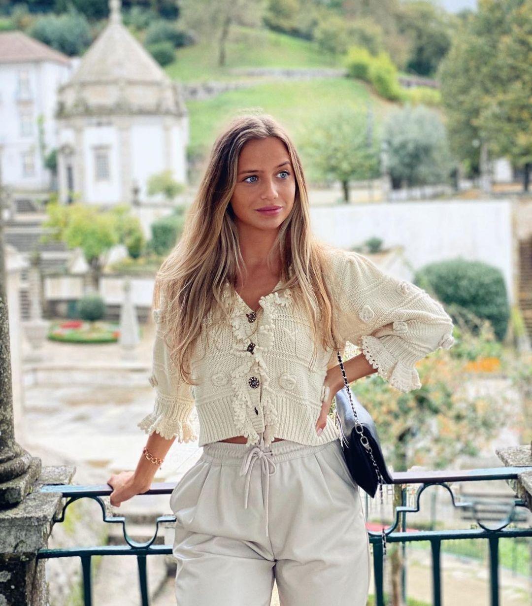 veste à volants et fleurs de Zara sur zara.outfits
