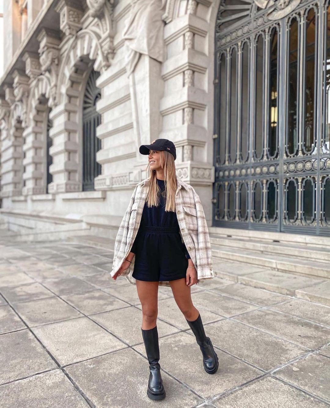 bottes plates en cuir avec semelles track de Zara sur zara.outfits