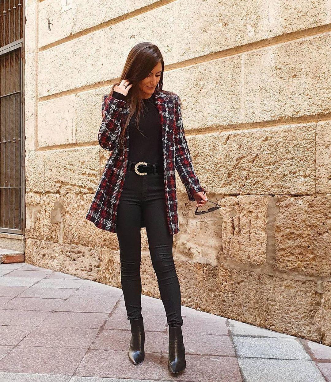 veste à boutonnage croisé à carreaux de Zara sur zara.outfits