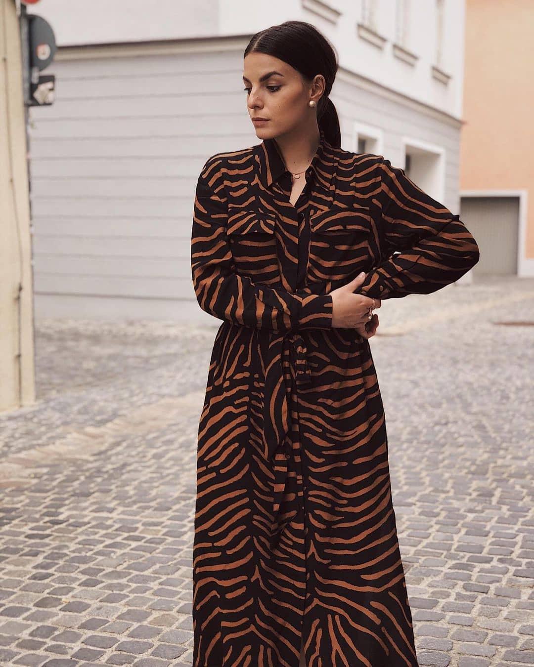 dress tiger de Mango sur mango.outfits