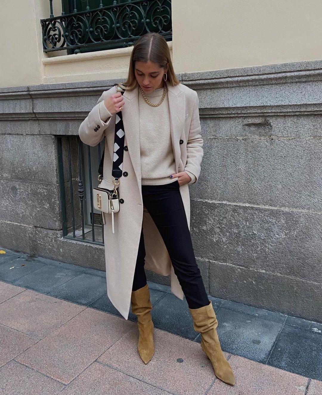 bottes à talons en croûte de cuir de Zara sur zara.outfits