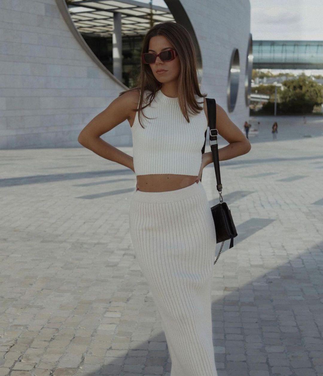 knitted mid-length skirt de Zara sur zaraaddiction