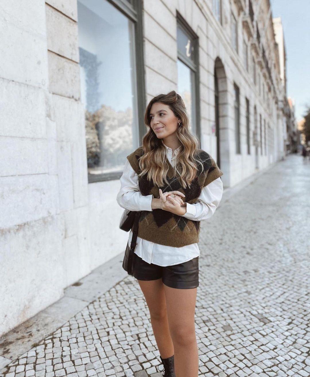 gilet sans manches en maille à losanges de Zara sur zara.outfits