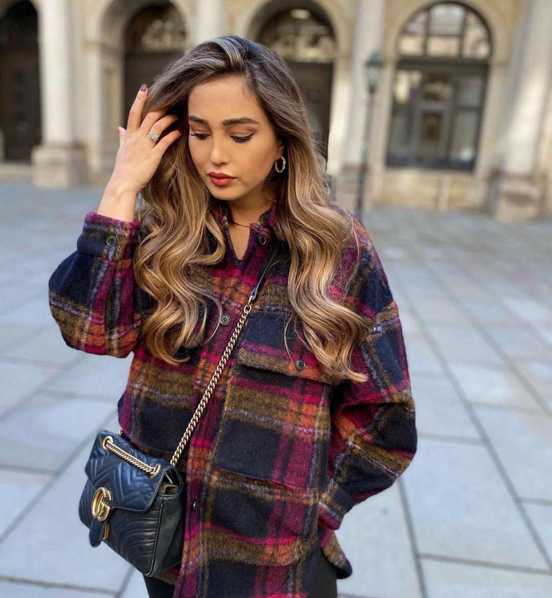 surchemise avec laine à carreaux de Zara sur zara.outfits