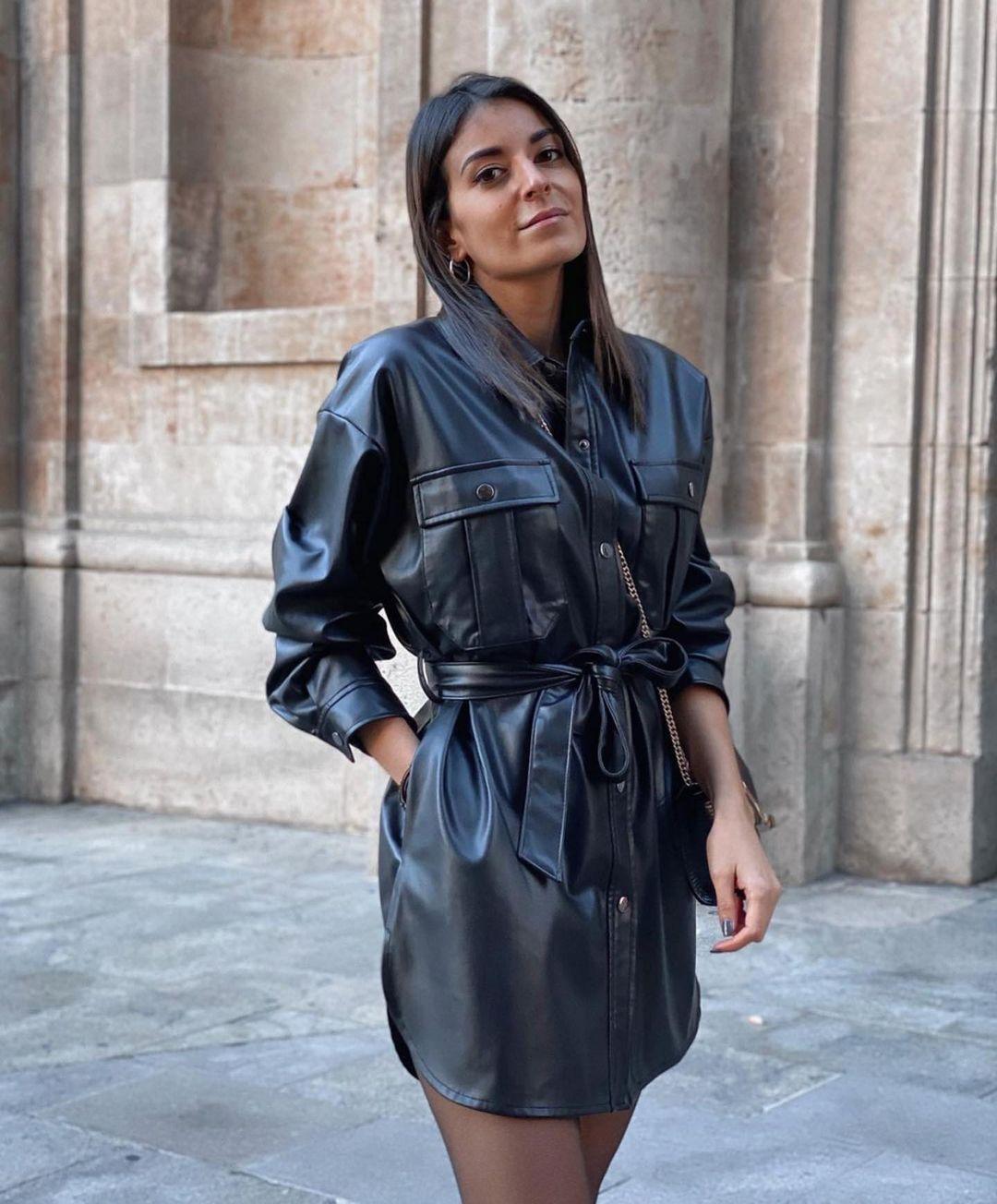 surchemise longue en cuir synthétique de Zara sur zara.outfits