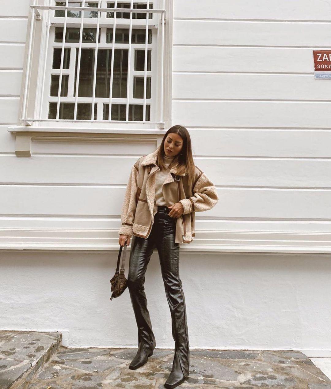 bi-aterial jacket de Zara sur zarastreetstyle