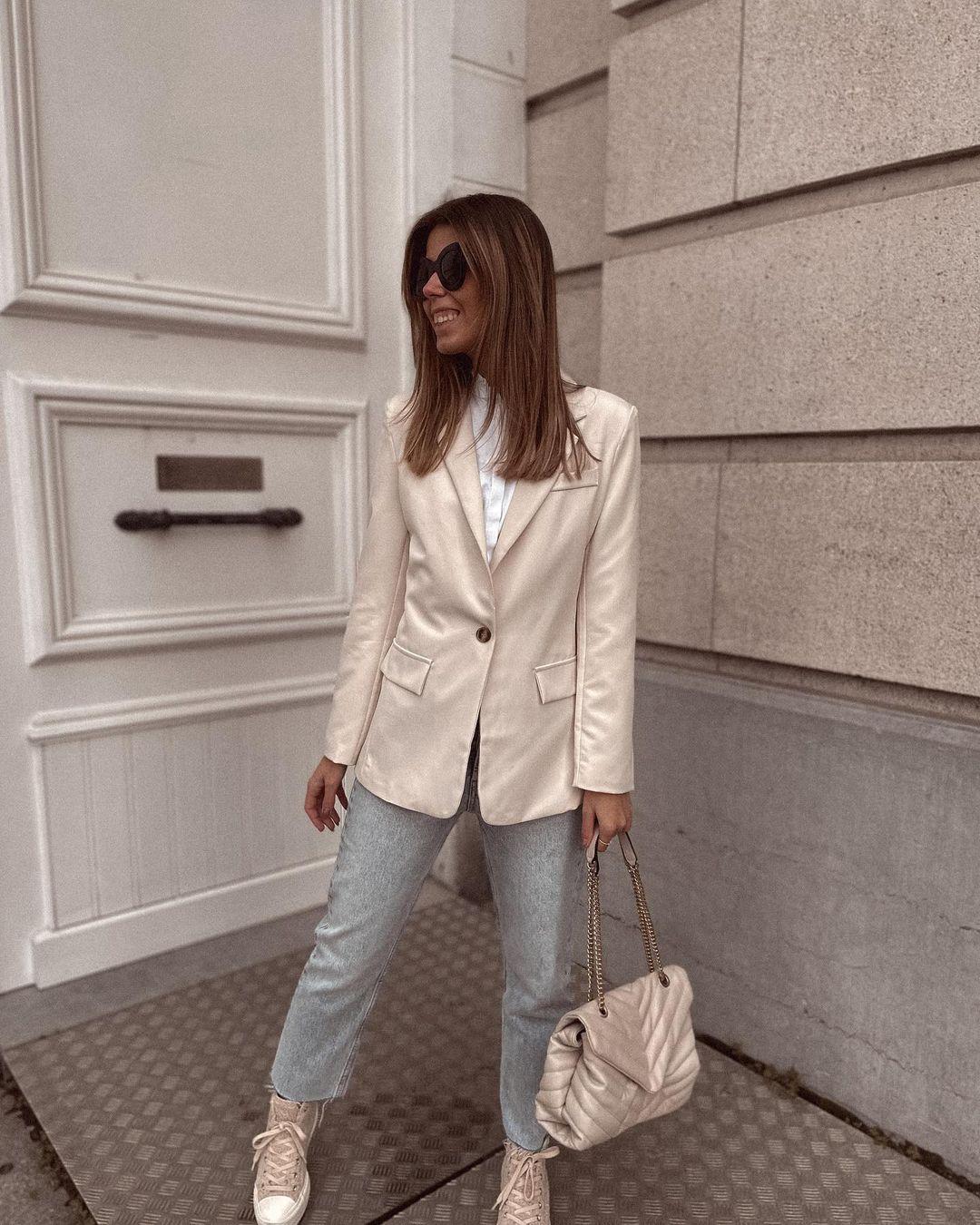 high waisted jeans de Zara sur nooomsworld