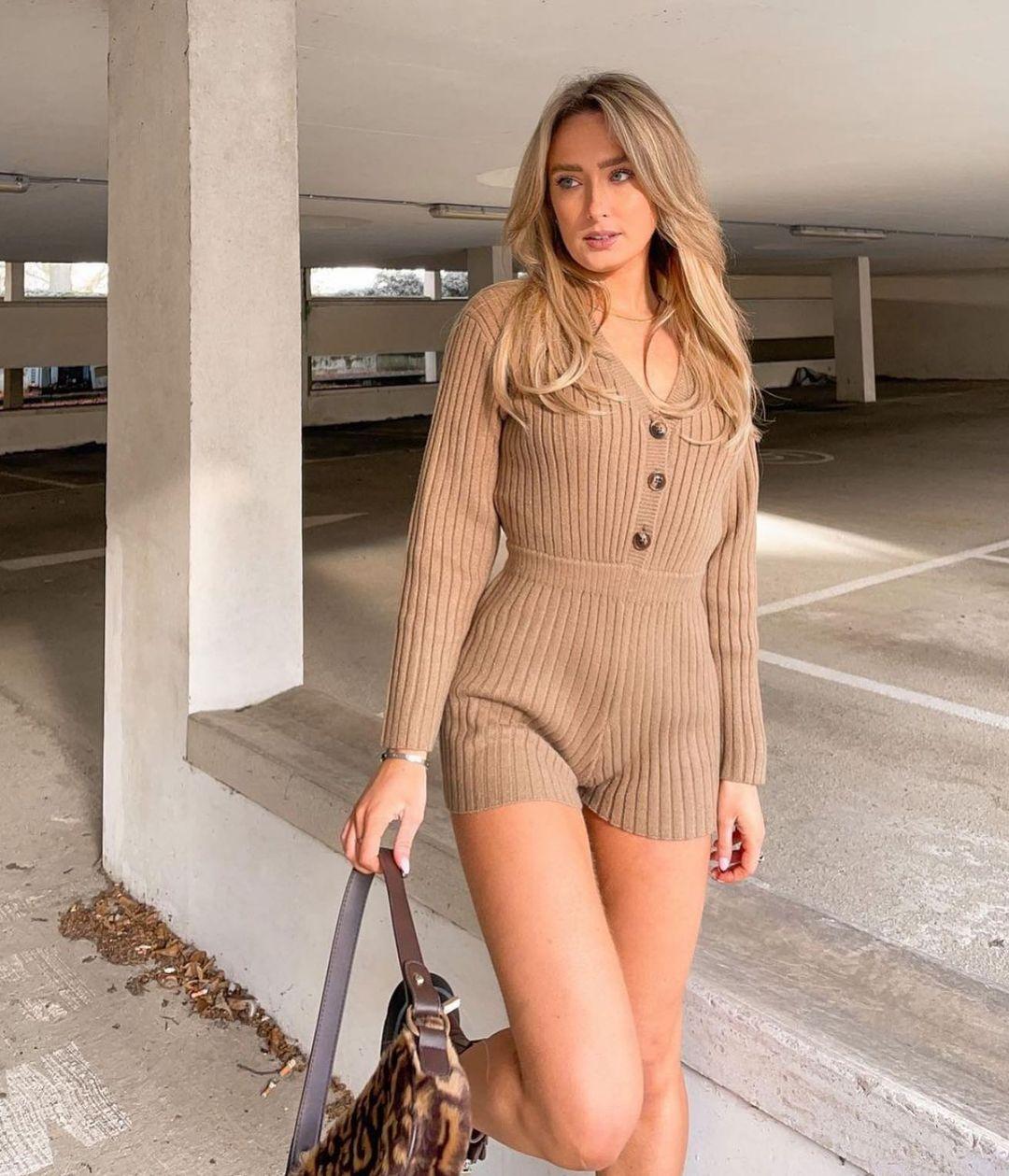 short knitted jumpsuit de Zara sur zara.style.daily
